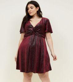 https://www.newlook.com/uk/womens/clothing/dresses/curves-burgundy-glitter-velvet-twist-dress/p/606186967?comp=Browse